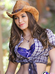 Dani gets down and dirty like the cowgirl she is