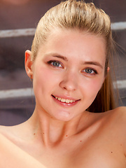 With her natural beauty, girly appeal, and seemingly innocent charms, Sigrid is confident cutie who knows how to showcase her beautiful body with grace and elegance