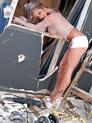 White Mesh Construction