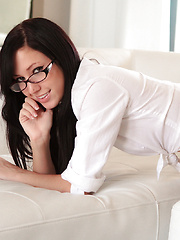 Geeky girls like Catie Minx are the real freaks behind close doors