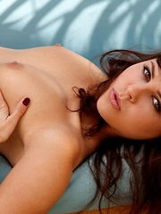 Cali Logan - is a Socal brunette with a perfect natural body